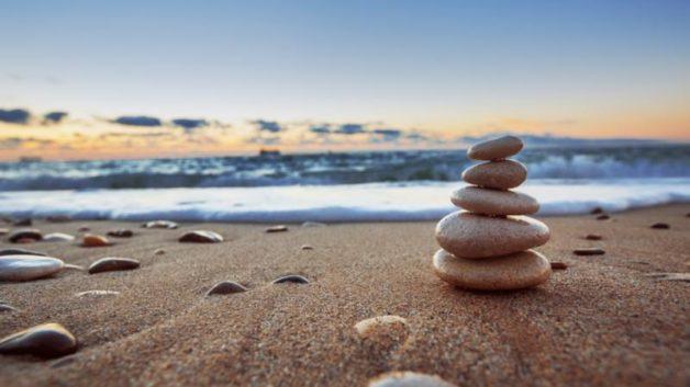 http://kentstroman.com/wp-content/uploads/2016/11/beach-stacked-stones-628x353.jpg